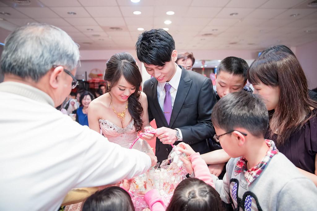 苗栗婚攝,苗栗新富貴海鮮,新富貴海鮮餐廳婚攝,婚攝,岳達&湘淳085