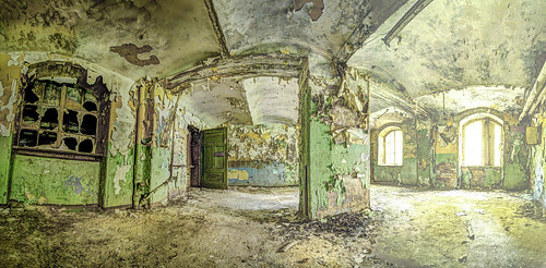 "Beelitz HDR PANORAMA ( Creative Commons ) • <a style=""font-size:0.8em;"" href=""http://www.flickr.com/photos/91619724@N04/17268157914/"" target=""_blank"">View on Flickr</a>"