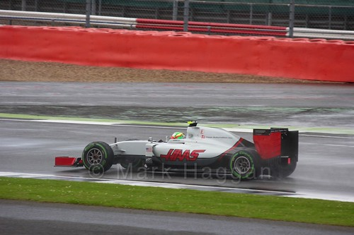 Esteban Gutierrez racing for Haas during the 2016 British Grand Prix