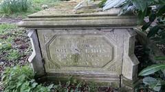 Salmon box tomb