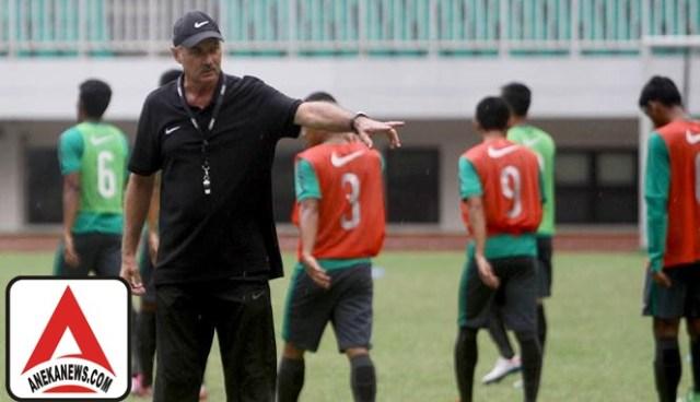 #Bola: Lawan Malaysia, Timnas Panggil 3 Pemain 'Luar'
