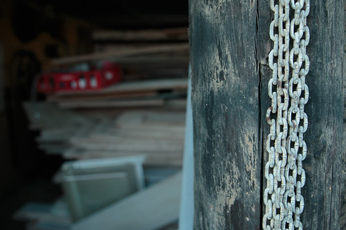 Chains and Wood