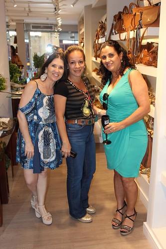 Alessandra, Elaine e Kátia Paiva