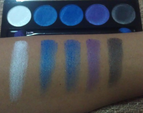 L.A. Colors 5 Metallic Eyeshadow Devious swatches shot