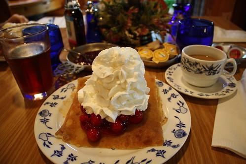 Al Johnson's swedish pancakes with cherries