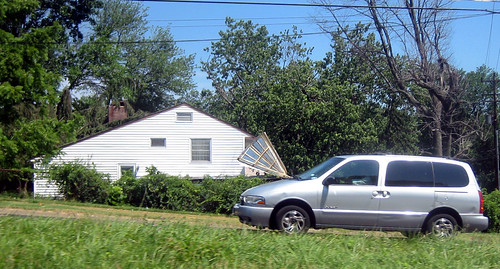 20120630 1025 - storm damage while yardsaleing - tin roof, busted - IMG_4547