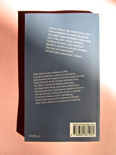 Roddy Doyle. Non solo a Natale, Guanda 2012. Disegno e grafica di copertina: Guido Scarabottolo. Quarta di copertina (part.), 1