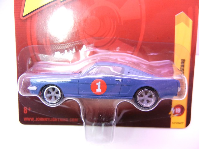 johnny lightning 1965 ford mustang blue (2)