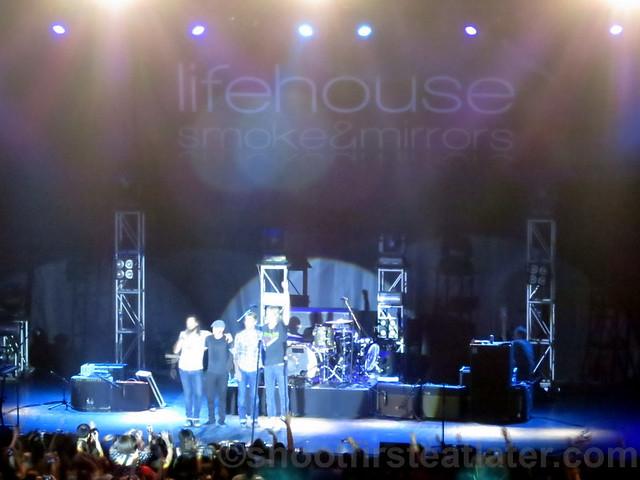 Lifehouse at the Smart Araneta Coliseum-023