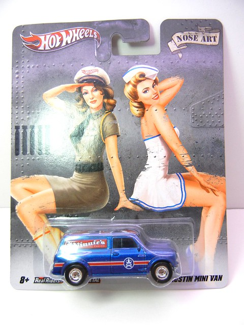 hot wheels nostalgia pin ups austin mini van (1)