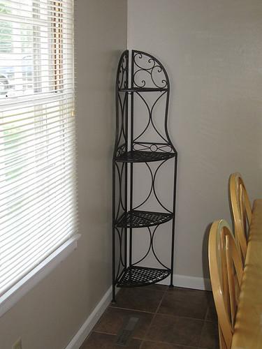 ann-corner-shelf