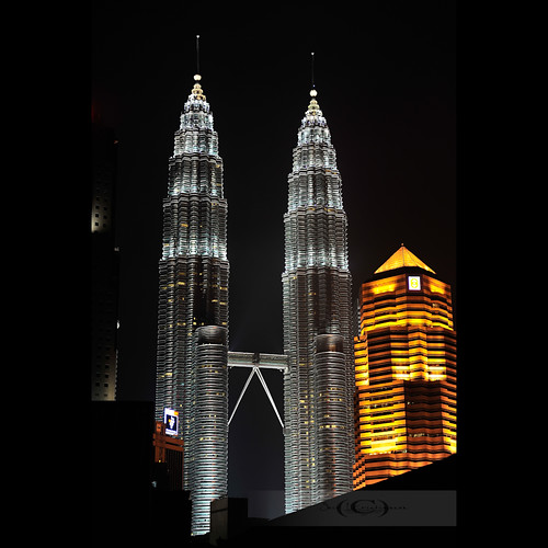 Petronas Twin Towers by geirkristiansen.net