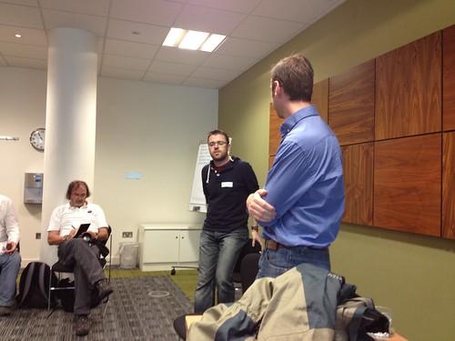 Gareth and Glen hosting the blogging session at LocalGovCamp
