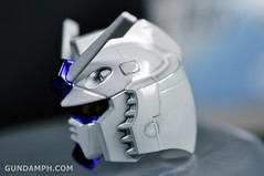 ANA RX-78-2 Gundam HG 144 G30th Limited Kit  OOTB Unboxing Review (41)