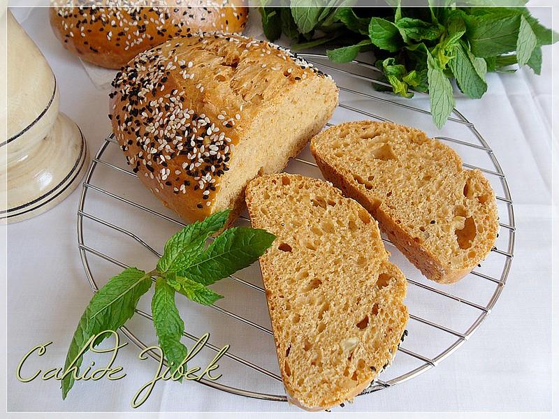Kahvaltıda Ekmeği Hiç Böyle Kızarttınız Mı