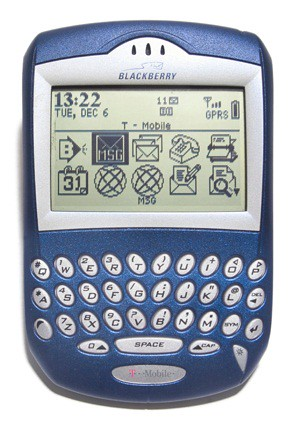 2. BlackBerry 6210 (2004)