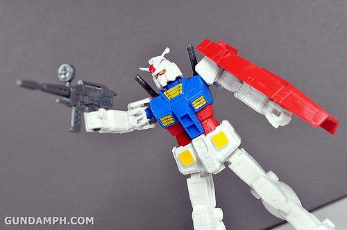 1-200 RX-78-2 Nissin Cup Gunpla 2011 OOTB Unboxing Review (44)