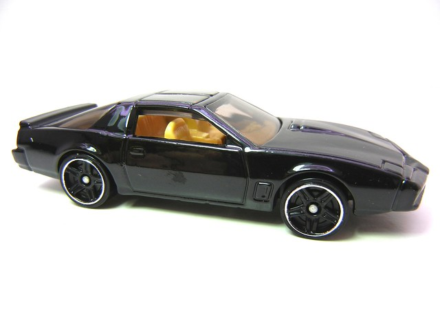 hot wheels KITT KNIGHT INDUSTRIES TWO THOUSAND (3)