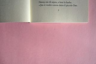 Roddy Doyle. Non solo a Natale, Guanda 2012. Disegno e grafica di copertina: Guido Scarabottolo. Pagina 5 (part.), 1