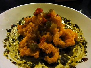 Buzz Restaurant at Alila Jakarta: Calamari Fritti, taro chips, lemon relish, Balinese pesto.