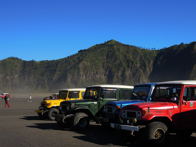 Jeeps taking tourists to Mt. Bromo