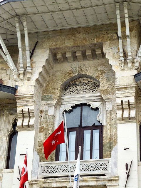 Istanbul - avril 2012 - jour 4 - 033 - Marmara Üniversitesi Rektörlüğü