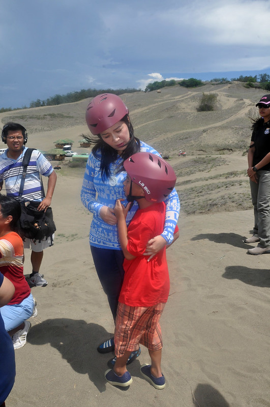 Presidential sister Kris Aquino visits the Laoag La Paz Sand Dunes, part of the Vigan-Laoag feature on KrisTV