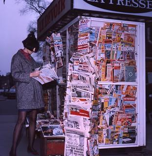 Kiosque à journaux, 1966