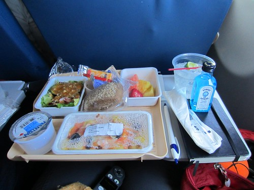 flying-to-paris meal