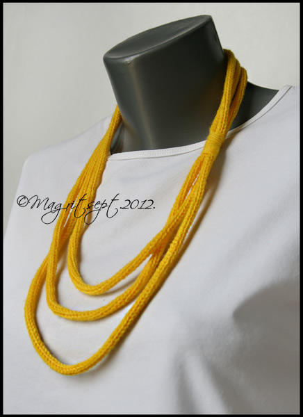 lemon necklase