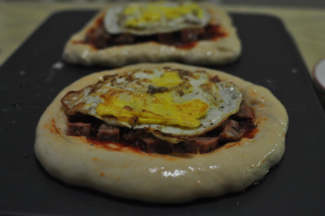 meat and egg pizza 07