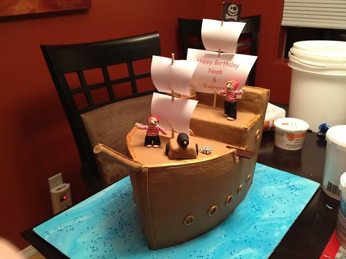 Pirate Ship Birthday Cake (4/6)