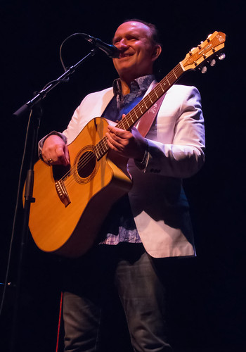 Colin Hay 9/9/2012 by Dan Russell-Pinson