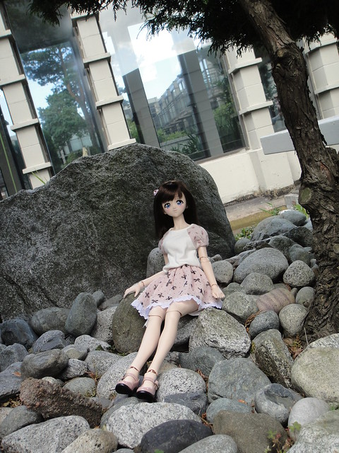 """I'll have a Dollfie on the Rocks, please"" ^__~"""