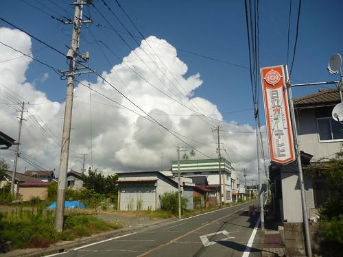 南相馬市小高区の個人宅でお手伝い (ボランティアチーム援人) Volunteer at Minamisoma (Fukushima pref.), Affrected by the Tsunami of Japan Earthquake and Fukushima Daiichi nuclear plant accident