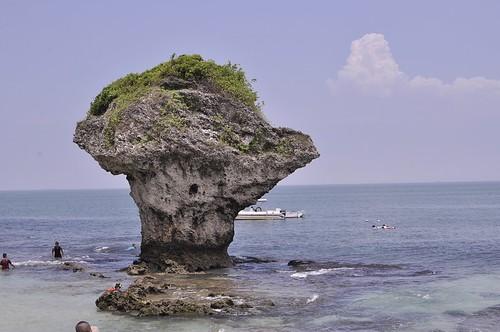 小琉球碼頭周邊:花瓶石、中澳沙灘(8 ys)