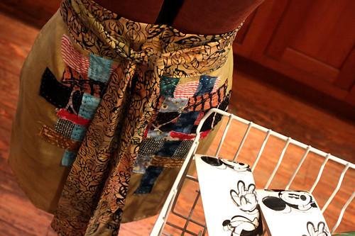 apron-and-mickey by dee at clothcompany