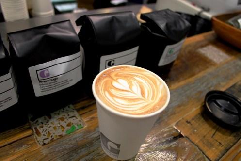 Latte art three layer tulip