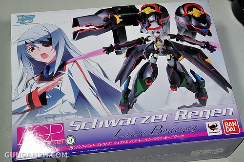Armor Girls Project Laura Bodewig Schwarzer Regen Infinite Stratos Unboxing Review (1)