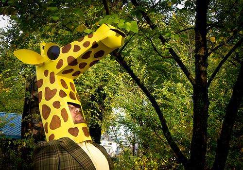 paper costumes - giraffe