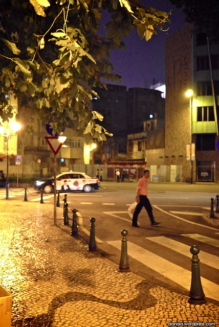 Crossing the street - Portuguese colonial influenced pavement