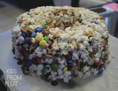 Marshmallow Cake-7