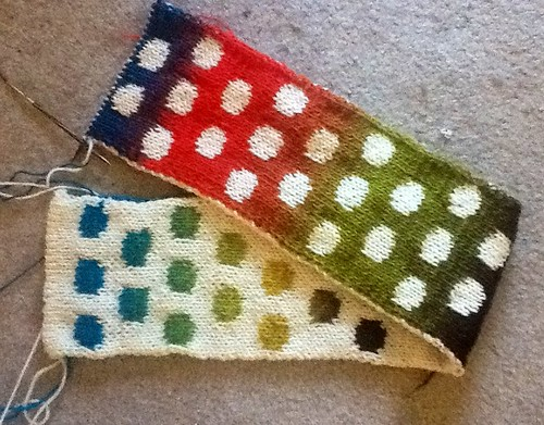 Disappearing Dots scarf