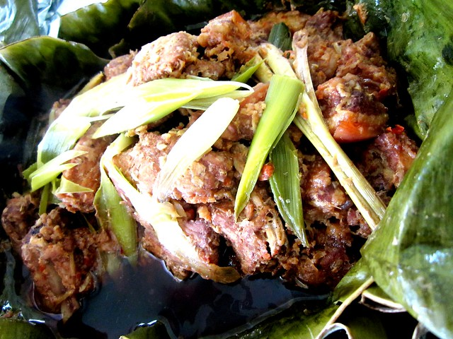 Leaf-wrapped pork pongteh 2