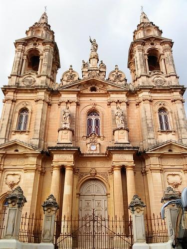 Día 4: Malta (Sliema: Paseo marítimo, etc. Gudja: alrededores y Aeropuerto).