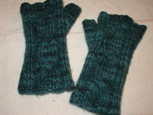 One Cable Mitts