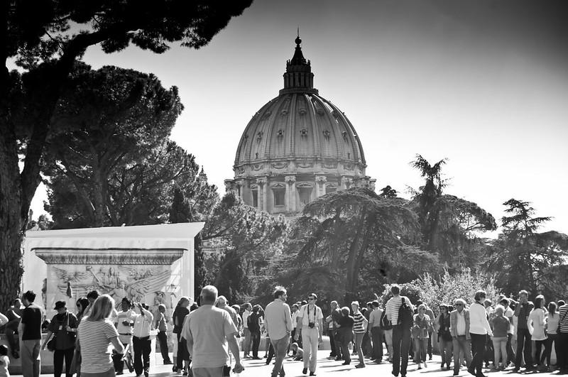 VaticanWalksOfItaly-2