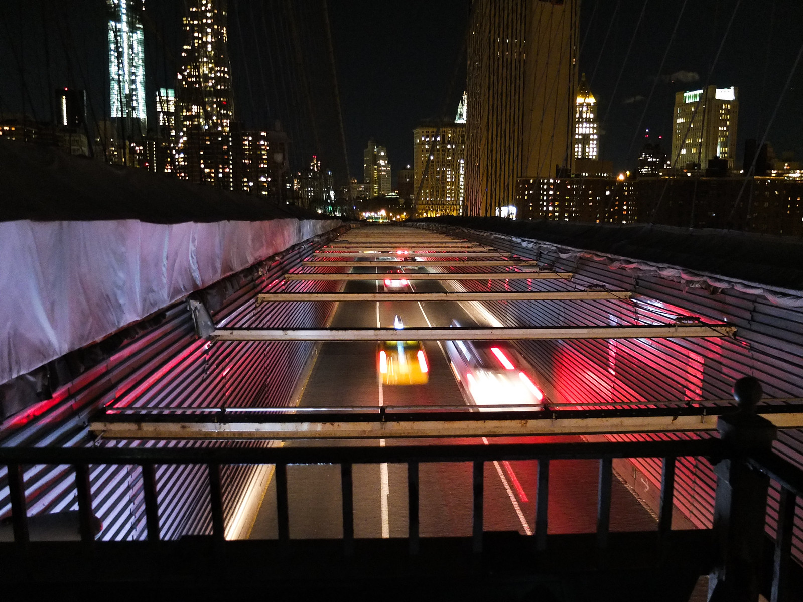 Traffic on the Brooklyn Bridge by wwward0
