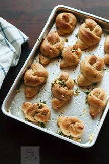 Garlic Knots - Explored!
