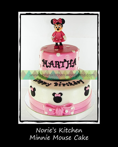 Norie's Kitchen - Minnie Mouse Cake by Norie's Kitchen